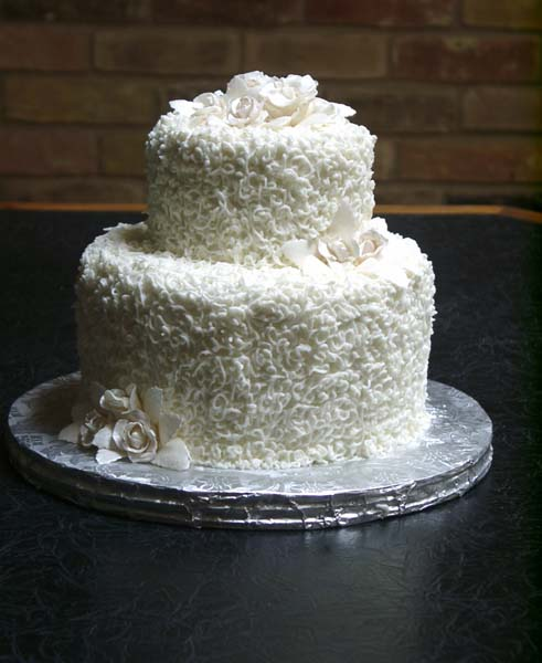 Cake Ideas For Small Wedding : Small wedding cake